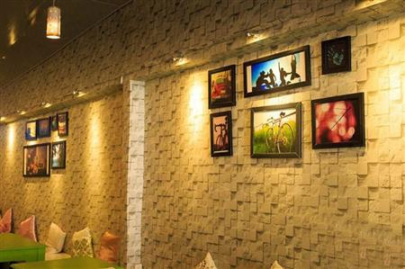 La-Cafe-ngam-nhin-phong-canh-ki-quan-the-gioi