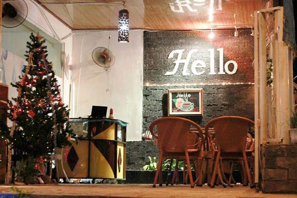 Hello Coffee, thưởng thức cà phê hạt rang xay nguyên chất và cơm trưa