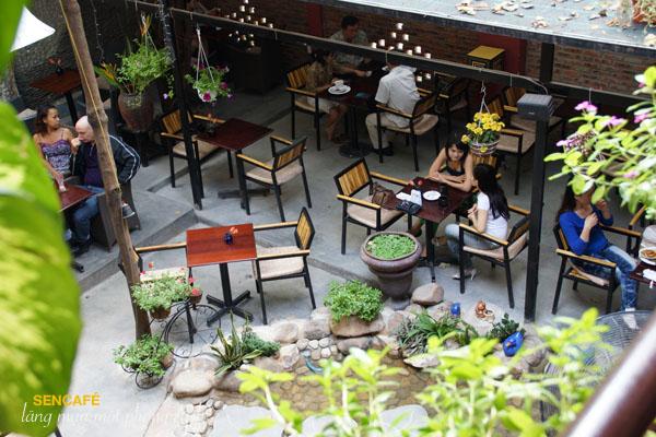 Sen Cafe - quán cà phê đẹp Bình Thạnh