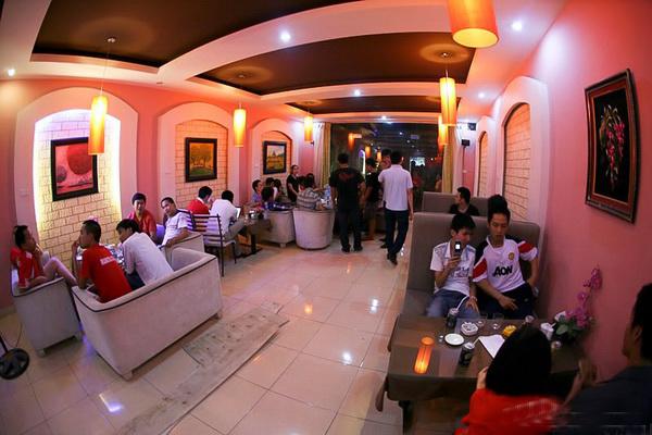 Giang Coffee, không gian lung linh của những sắc đèn lồng tại Hà Nội