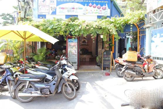 Sang quán café đẹp sân vườn mini