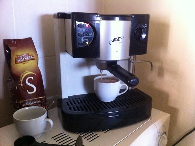 Thanh Lý Máy pha cà phê Capuchino và Expresso