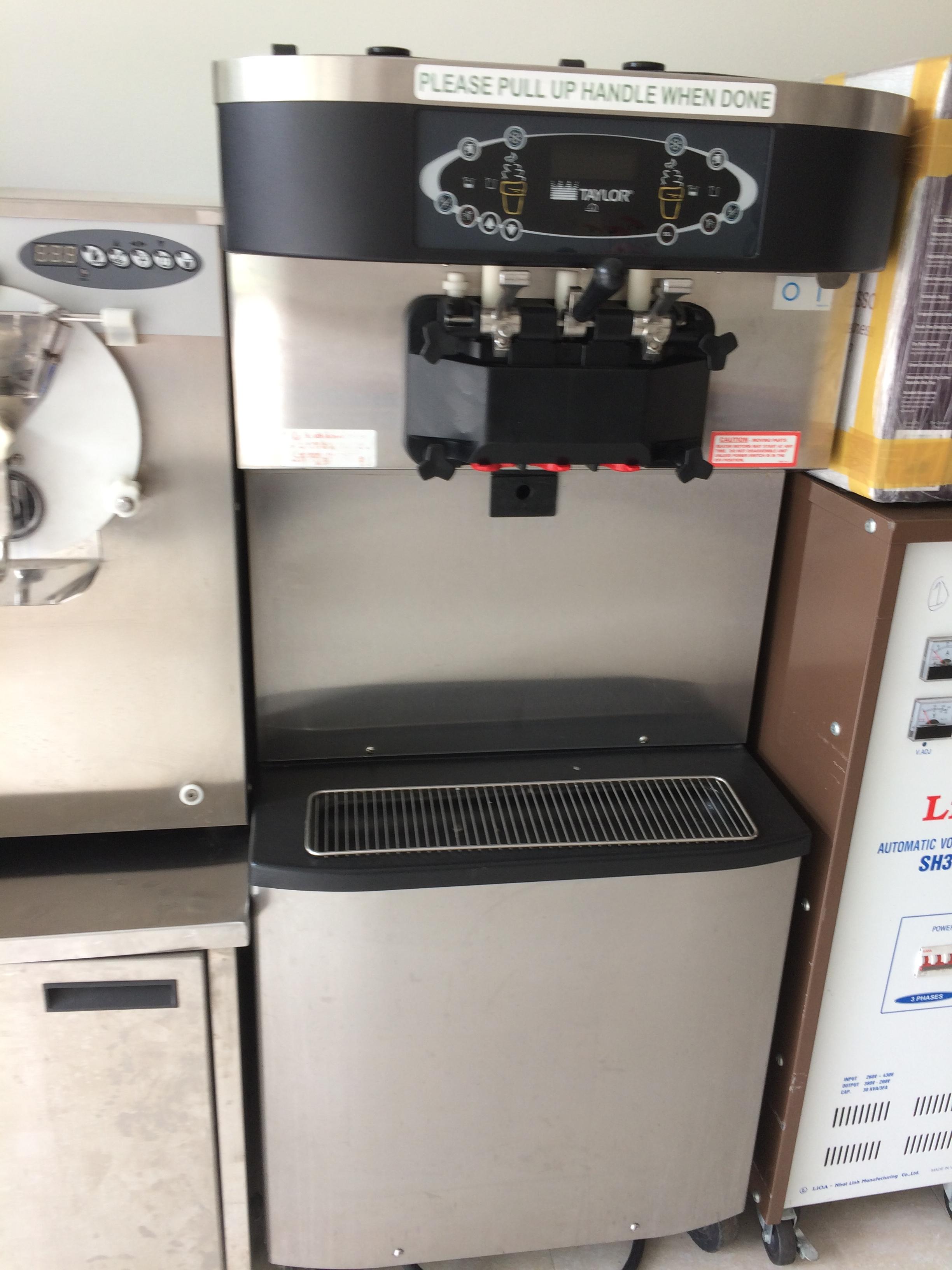 mùa hè không còn nóng khi có trong tay máy làm kem của chúng tôi